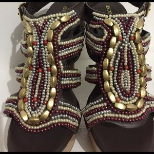 BCBGeneration•Barcelona Beaded Platforms•Size 5.5B