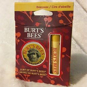 Burt's Bees Other - ❤ A Bit of Burt's Bees Beewax Lip Balm
