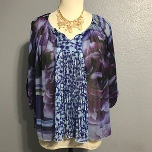 ONE WORLD Tops - ♣️ONE WORLD Geometric Sheer Floral Peasant Top XL