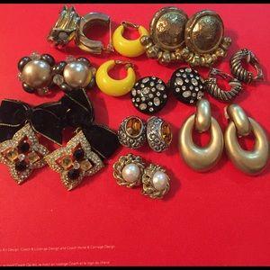 Jewelry - Lot Bundle  of vintage Clip On Earrings