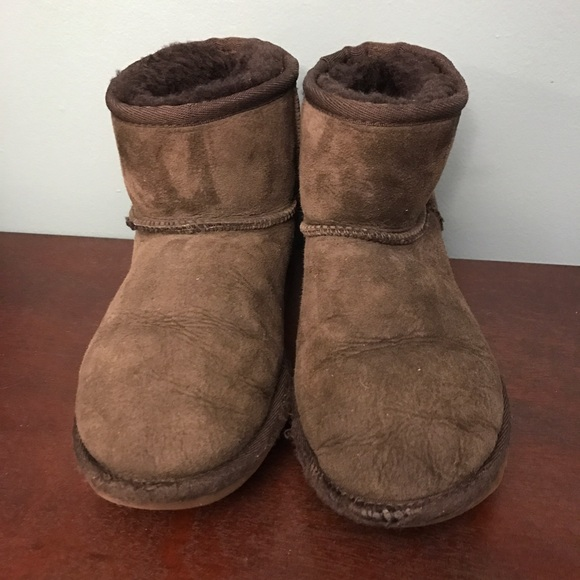 how to clean the inside of your ugg boots