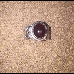 Beautiful garnet and sterling silver ring