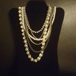 Jewelry - Statement Multi-tiered silver gold pearl necklace