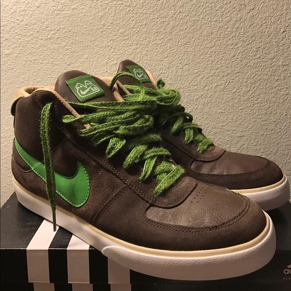 the latest 185ae 1eae7 Nike 6.0 Mavrk Brown Green Skate Shoe (High Top)