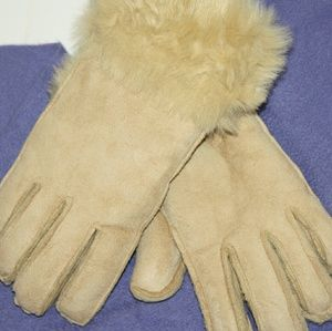 Unbranded Accessories - NEW Shearling Gloves (NWOT)