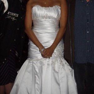 Trumpet style corset back wedding dress