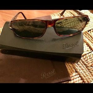 Persol Other - Authentic Persol Classic Sunglasses 😎