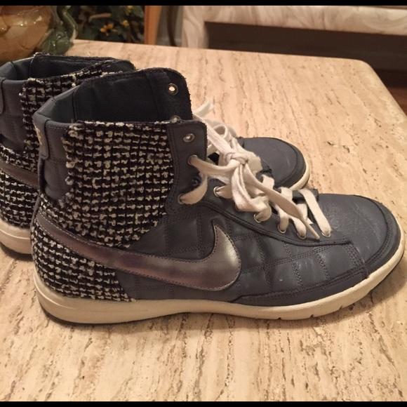 le scarpe nike gray con blackwhite checkered design poshmark