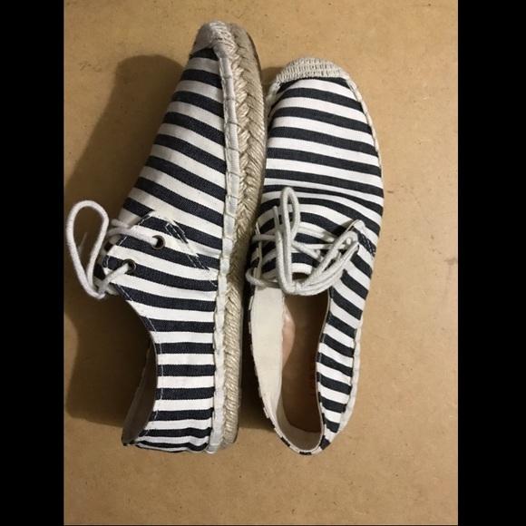 145bf0a2763 J. Crew Shoes - J. Crew Striped Espadrilles Nautical Sz 8