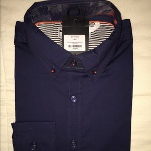 Brand new Men's button down