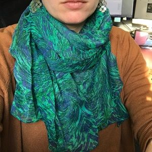 Peacock pattern scarf