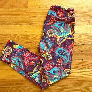 LuLaRoe Pants - Very Rare Paisley LuLaRoe Leggings OS