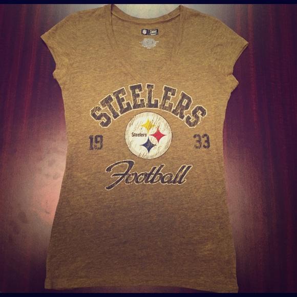 DRAFT SALE NFL Pittsburgh Steelers Football Top. M 589b36cab4188eb0860076e5 b019fce74e