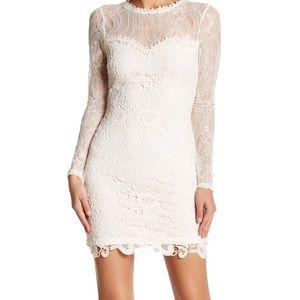 Romeo + Juliet Couture Lace Sheath Dress - M