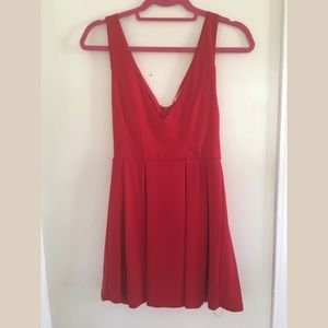 Tobi Deep V skater dress in red