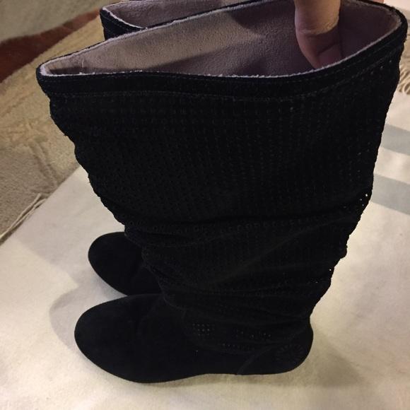 """UGG Shoes - UGG """"Abilene"""" BLACK SUEDE BOOTS"""