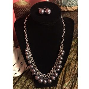 Hourglass Lady Jewelry - Silver tone Pewter Statement Necklace Earring Set