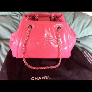 CHANEL Handbags - Chanel Pink Accordion Tote Bag