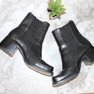 two lips Shoes - Two Lips Chelsea Boots Chunky Heel Leather