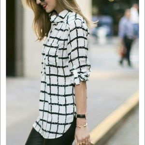 Black and white long blouse size Small