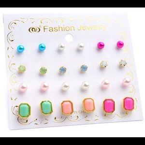 Jewelry - Pack of 12 Stud Earrings