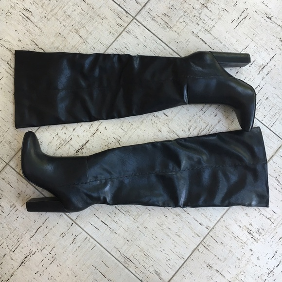 JustFab Shoes - JustFab Geraldine Boot In Black Size 6.5