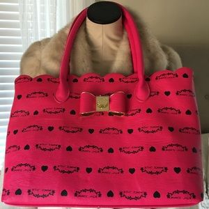 Betsey Johnson hot pink tote