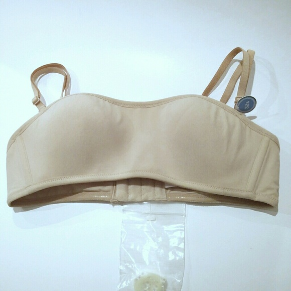 f8d48e00613 New GAP Body Convertible Bandeau Bra 32A in Nude