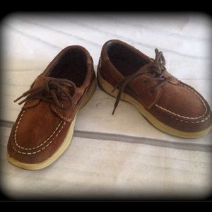Sperry boys shoes. Brown