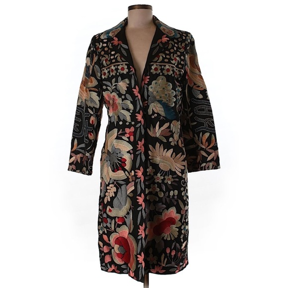 BIYA - Hand Embroidered Vintage Silk Coat