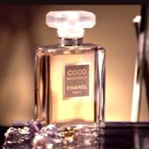 CHANEL Other - CHANEL COCO MADEMOISELLE