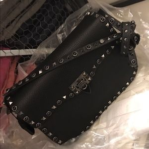 Valentino Handbags - 🖤✨HP✨🖤 Valentino Rockstud Noir Shoulder Bag