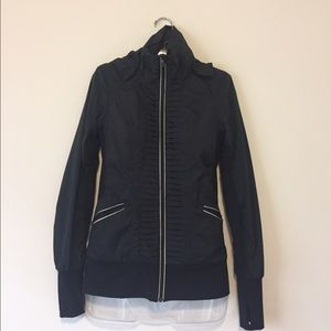 lululemon athletica Jackets & Blazers - Lululemon Runners Rain Jacket