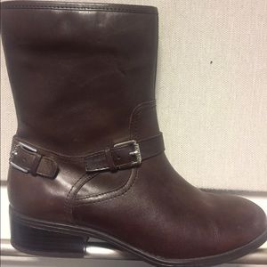 Ralph Lauren Mid-Calf around Toe Boots