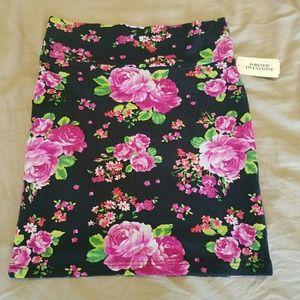 Forever 21 Black & Pink Floral Skirt * NWT