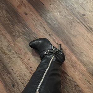 "Aldo 5""  Leather Black Boots"