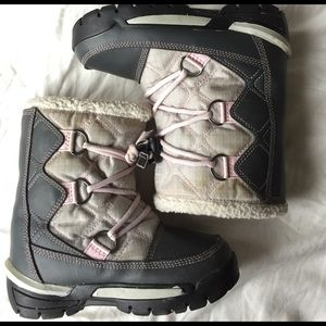 Sorel Other - Sorel Snow Countess Boots