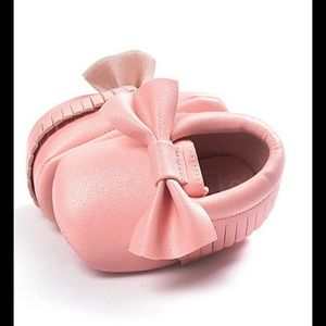 Other - 🎉HP🎉NWT pink moccasins