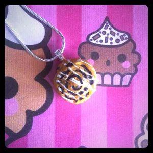 Jewelry - So cute Cinnamon Role Necklace
