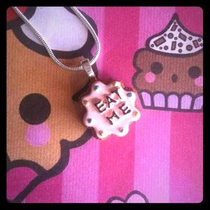 Jewelry - Eat Me Alice in wonderland necklace