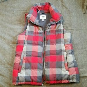 Old Navy Jackets & Blazers - Nwot plaid puffer vest