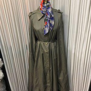 Raincoat cape