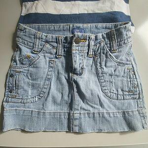 Lilu Dresses & Skirts - Lilu slightly distressed size 0 jean Mini Skirt