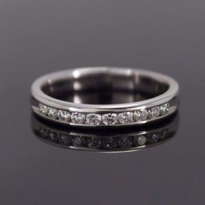 Jewelry - 💎.25Cttw Natural Diamond 10K Gold Channel Band