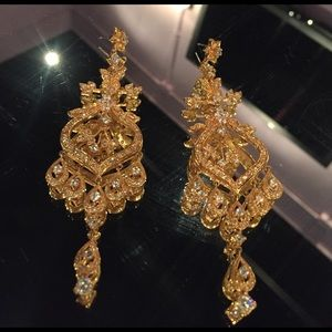 ⚜️ Bollywood Indian Gold Chandelier Earrings