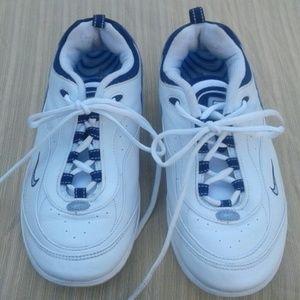 Nike   Max air walk Sz 9
