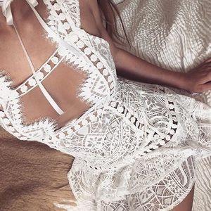 For Love and Lemons Dresses & Skirts - For Love & Lemons emerie sleeveless dress