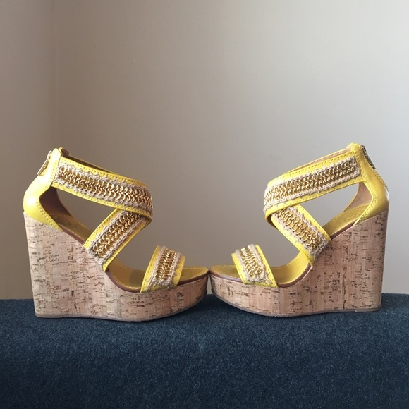 748d4a9218c ... Tory Burch Lucian Yellow and Gold Wedges. M 58adef8e3c6f9f4f6c01458d