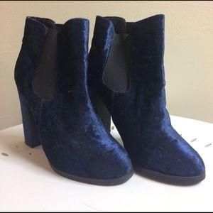 Urban Outfitters Blue Velvet Chelsea Boots