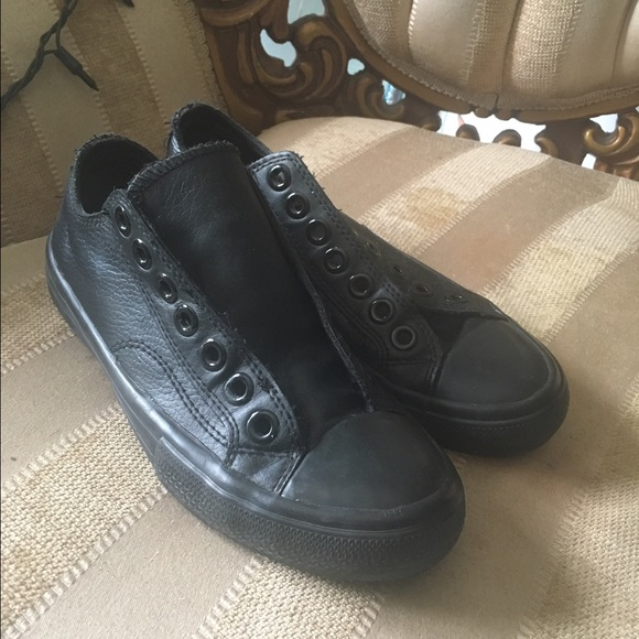 airwalk all black